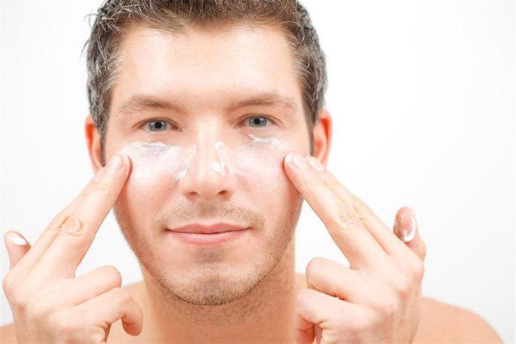 Cosmetica facial para hombres